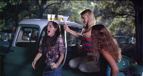 Darla (Parker Posey) and her crew in Dazed and Confused